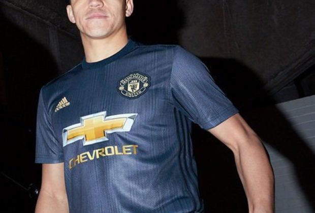 new style eb1ee 3791b Manchester United reveal historic kit for 2018/19 Premier League